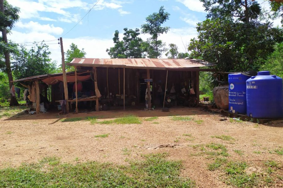 Example of a house that many villagers live in.